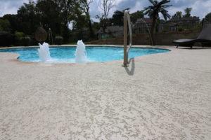 concrete pool deck tampa, pool deck resurfacing tampa