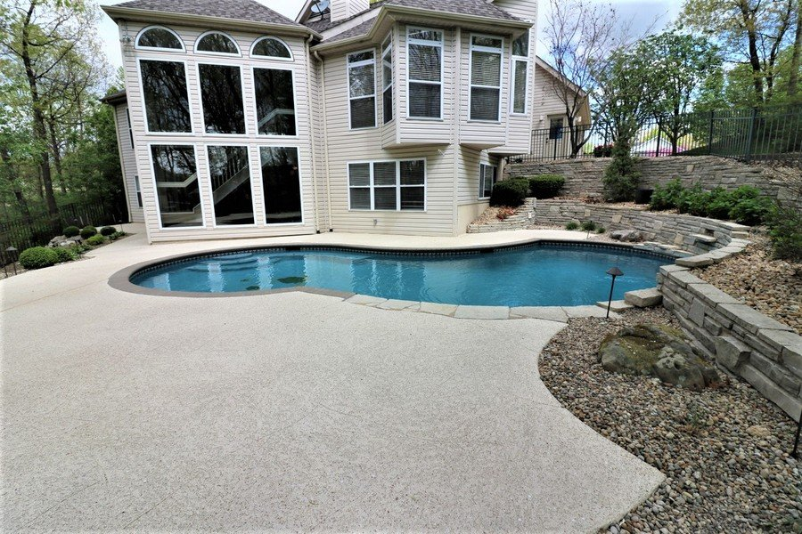 pool deck resurfacing tampa