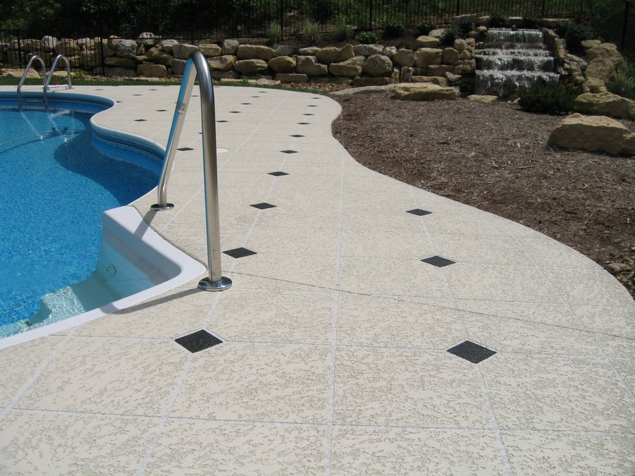 concrete pool deck repairs tampa